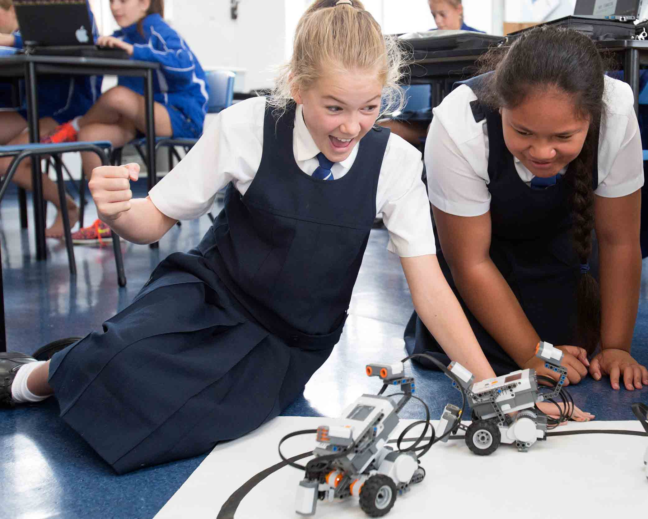 Saint-Kentigern-Girls'-School-Curriculum-Robotics.jpg