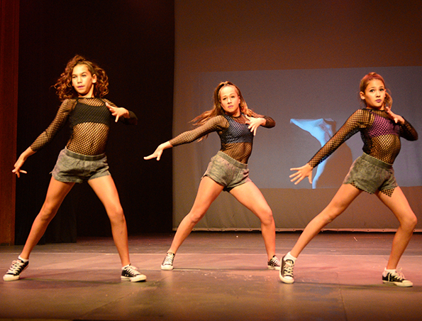 DanceShowcase_ADR copy3914.jpg