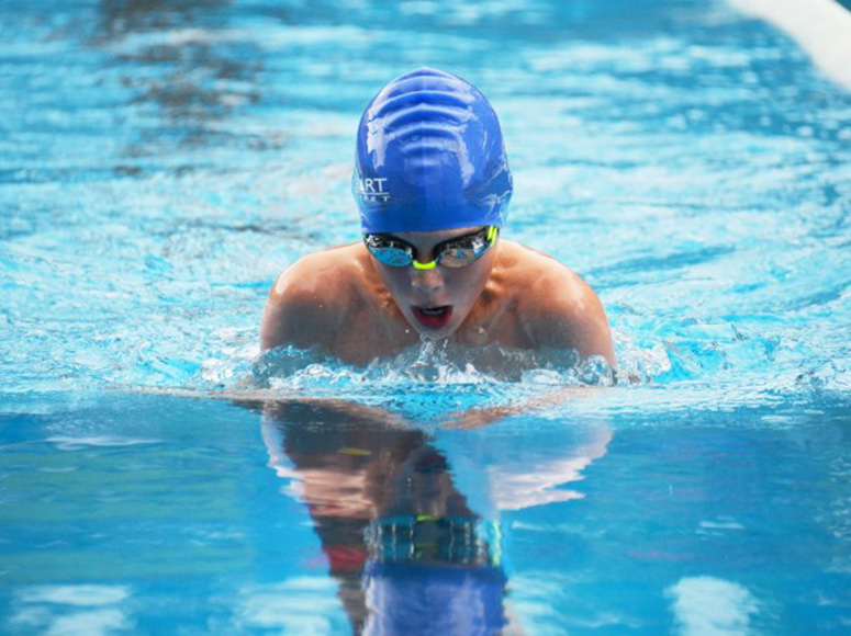 Records Tumble at Boys' School Swimming