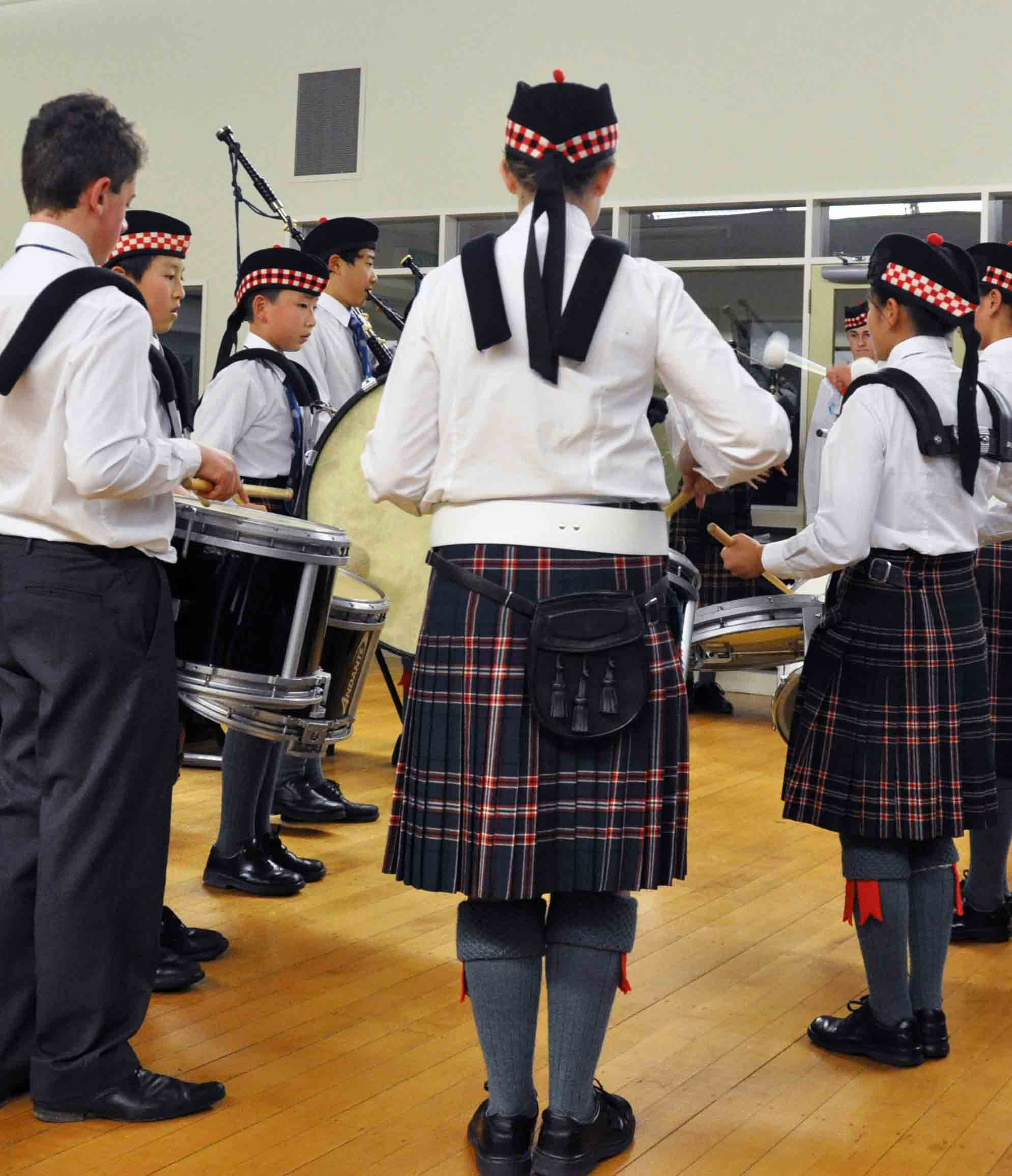 Saint-Kentigern-Middle-College-Pipe-Band.jpg
